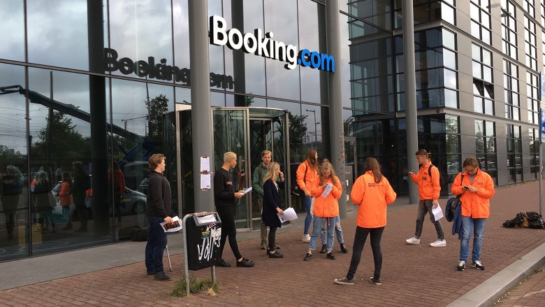 Students are protesting at HQ Booking.com